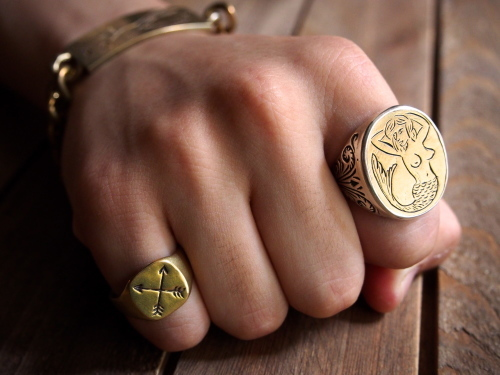 LHN  Mermaid Signet Ring_c0246125_19433946.jpg
