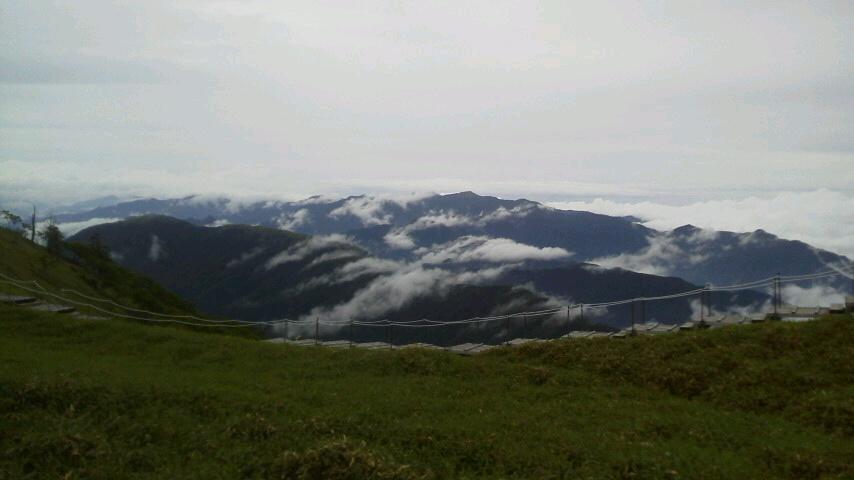 6月30日 小雨、でも見通しきいてます。午後3時気温17℃。_c0089831_15553257.jpg