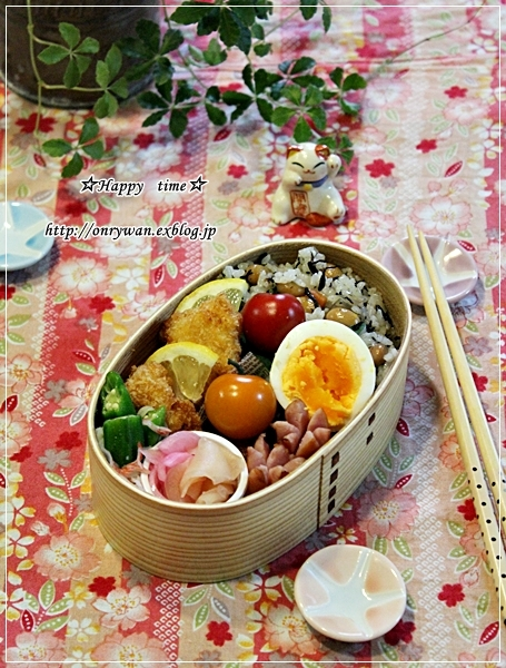 ひじき煮で混ぜご飯弁当と焦がしバターのマドレーヌ♪_f0348032_18591694.jpg