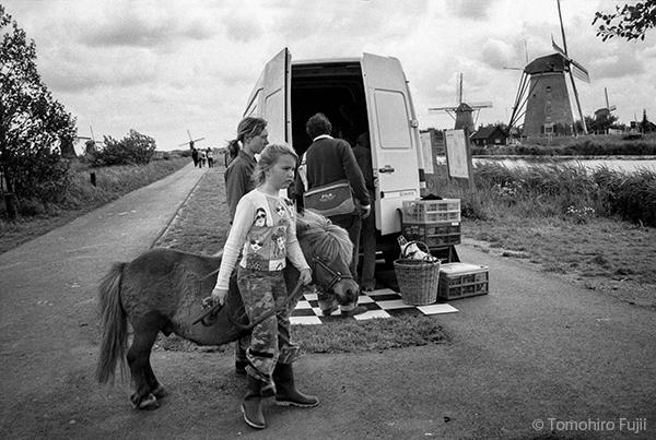オランダ、キンデルダイクにて_c0030685_19492573.jpg