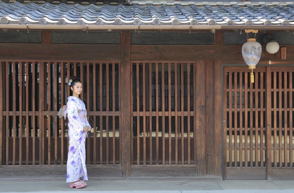ヒヨコ娘を撮る_e0241944_20524483.jpg