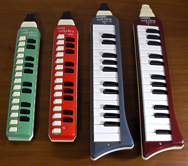 Hohner melodica-soprano/alto/piano 26/piano 27_e0045459_18151010.jpg
