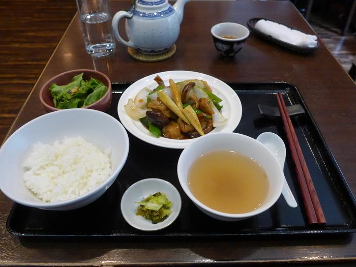 新宿御苑前「中華料理 古月」へ行く。_f0232060_1952125.jpg