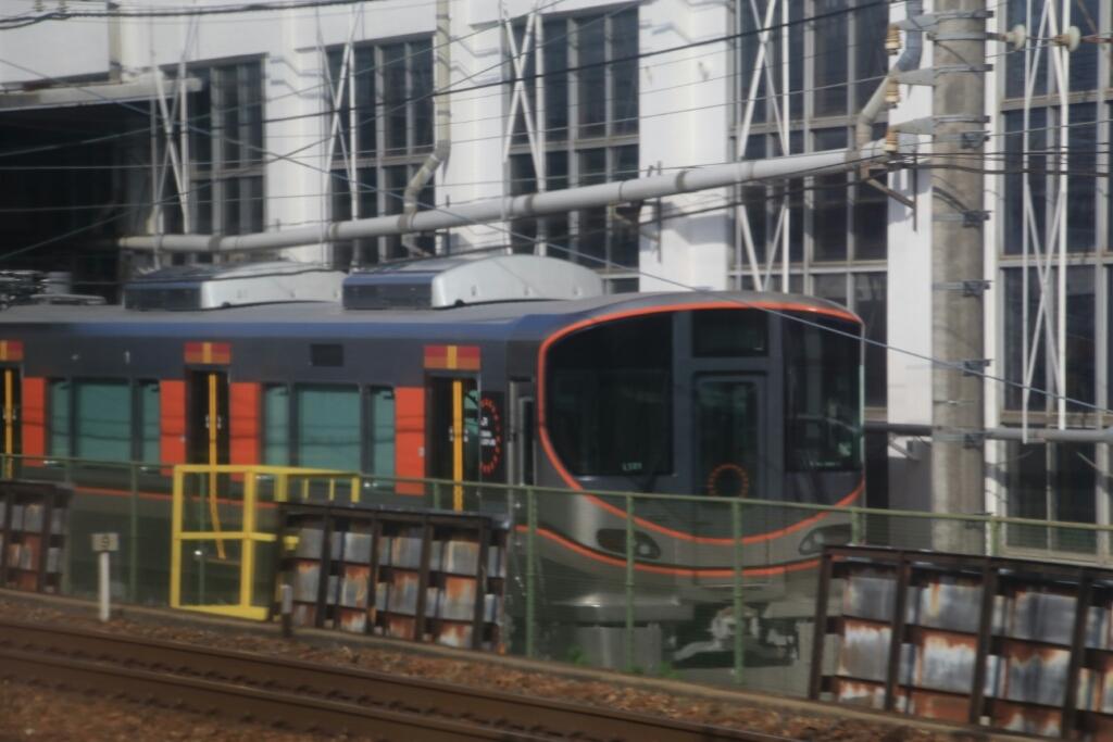 JR吹田工場にて   323系_d0202264_18333291.jpg