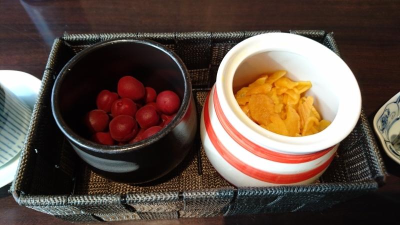 インターコンチネンタルホテルでお粥の朝ご飯です。_c0225997_02303451.jpg