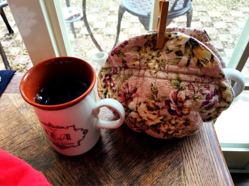 Tea Cozy @2016年5月_e0292546_07080893.jpg