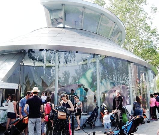 バッテリー・パークから眺める自由の女神さま、SeaGlass Carouselもできました_b0007805_2126473.jpg