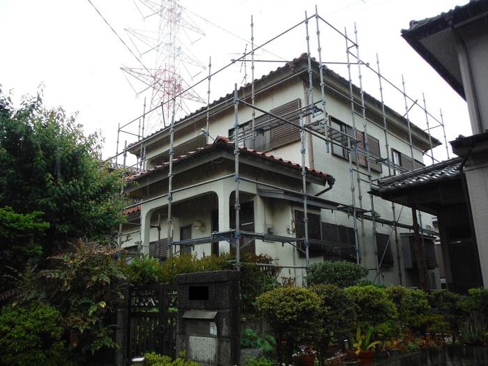 瓦屋根葺き替えと外壁塗り替え ~ 1階屋根瓦降ろしから_d0165368_5171668.jpg