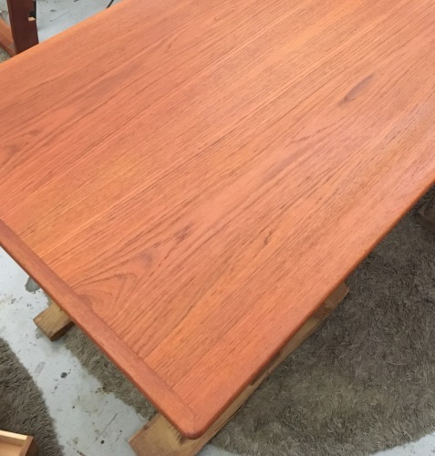 チーク ダイニングテーブル リペア完了しました_f0326751_09455842.jpeg