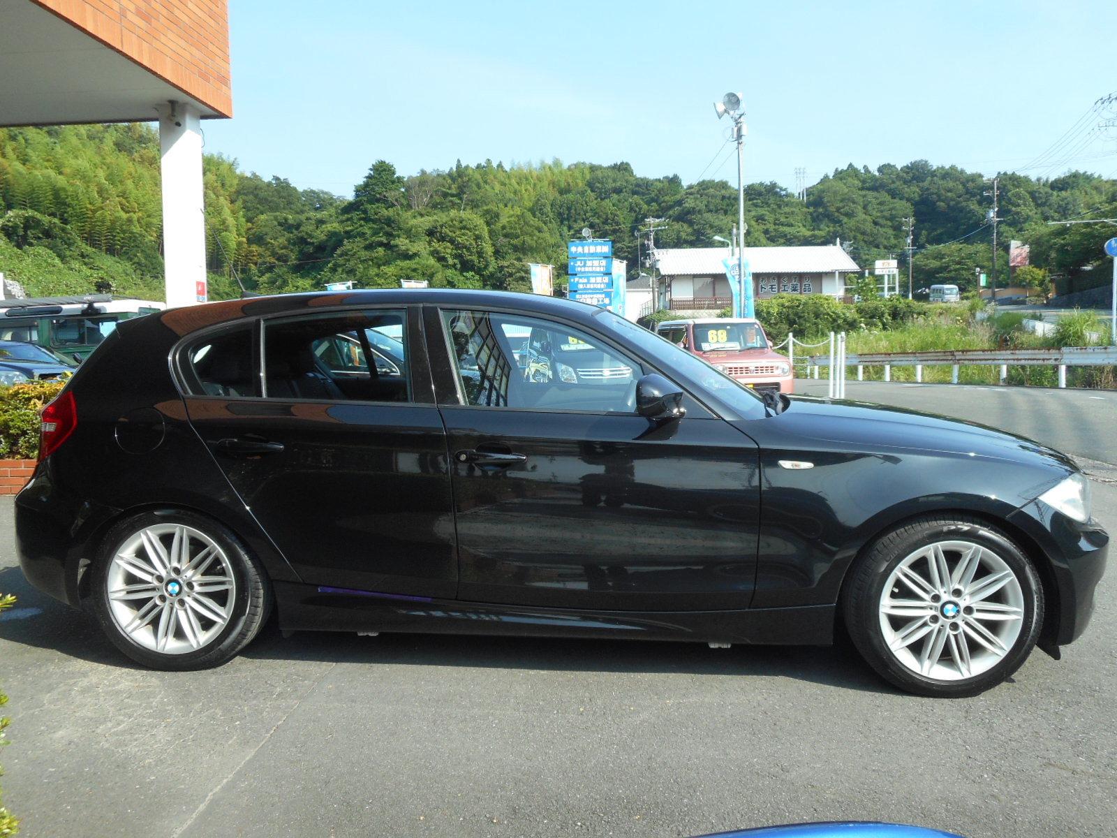 特選車ご紹介:BMW116i_c0267693_17175039.jpg