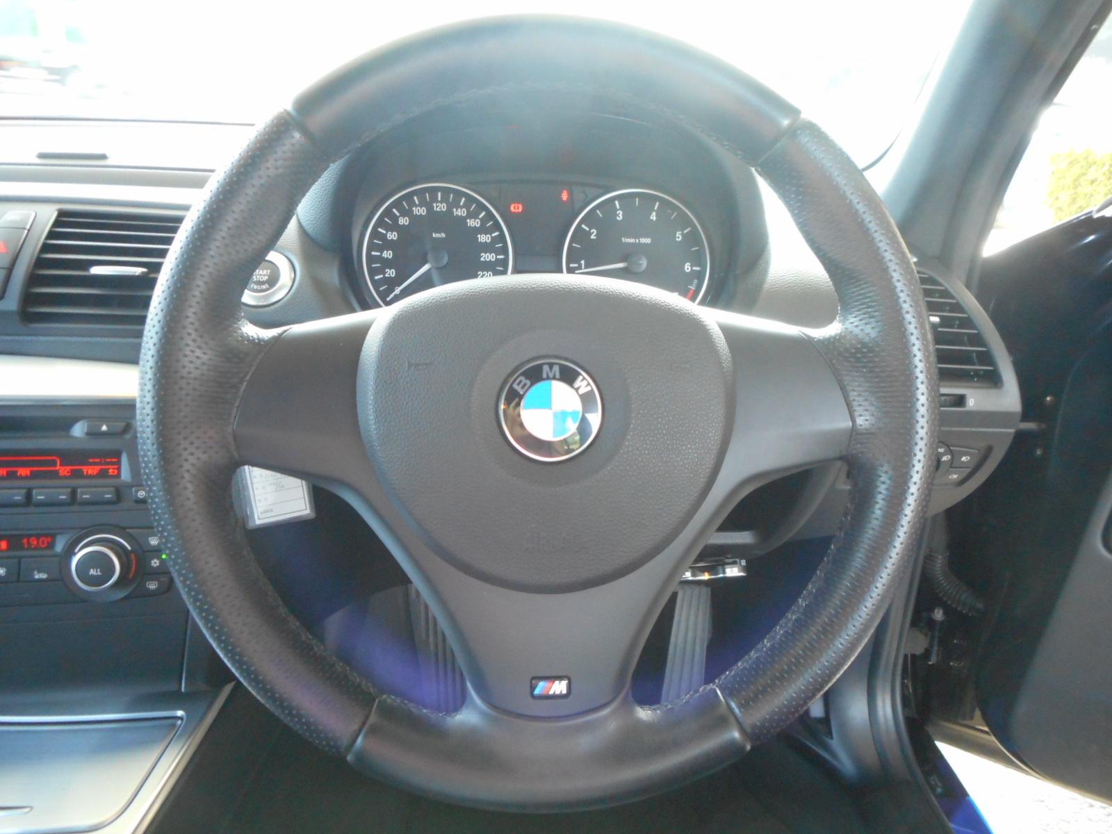 特選車ご紹介:BMW116i_c0267693_17182245.jpg