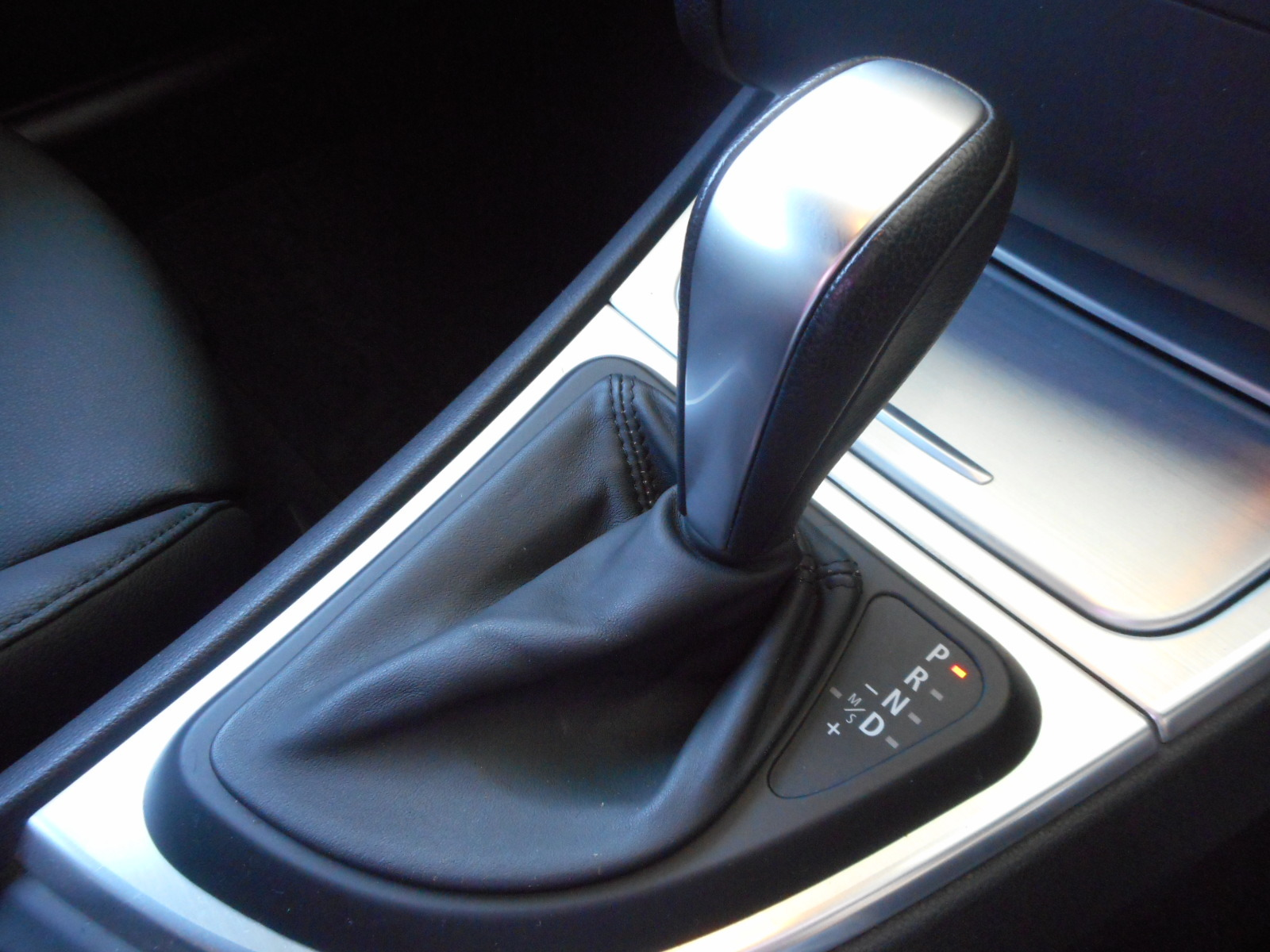 特選車ご紹介:BMW116i_c0267693_17182921.jpg