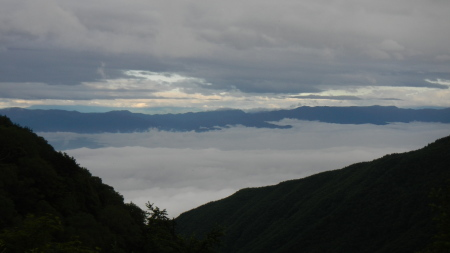 雲海の朝_e0120896_07100188.jpg