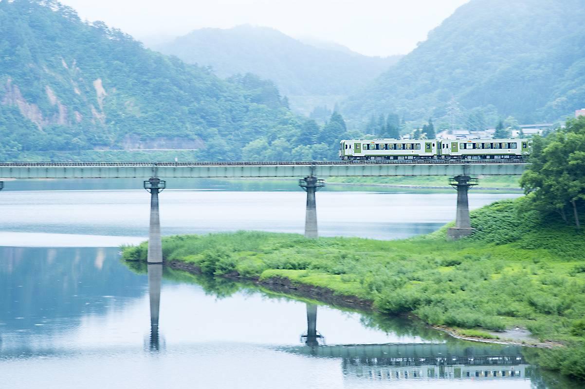 北上線 始発列車_e0271864_21371233.jpg
