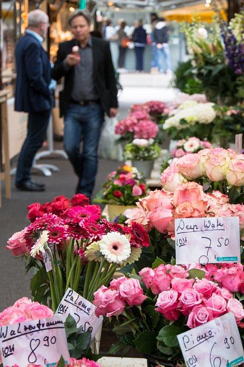 デュッセルドルフの常設青空市場_d0353489_19455012.jpg