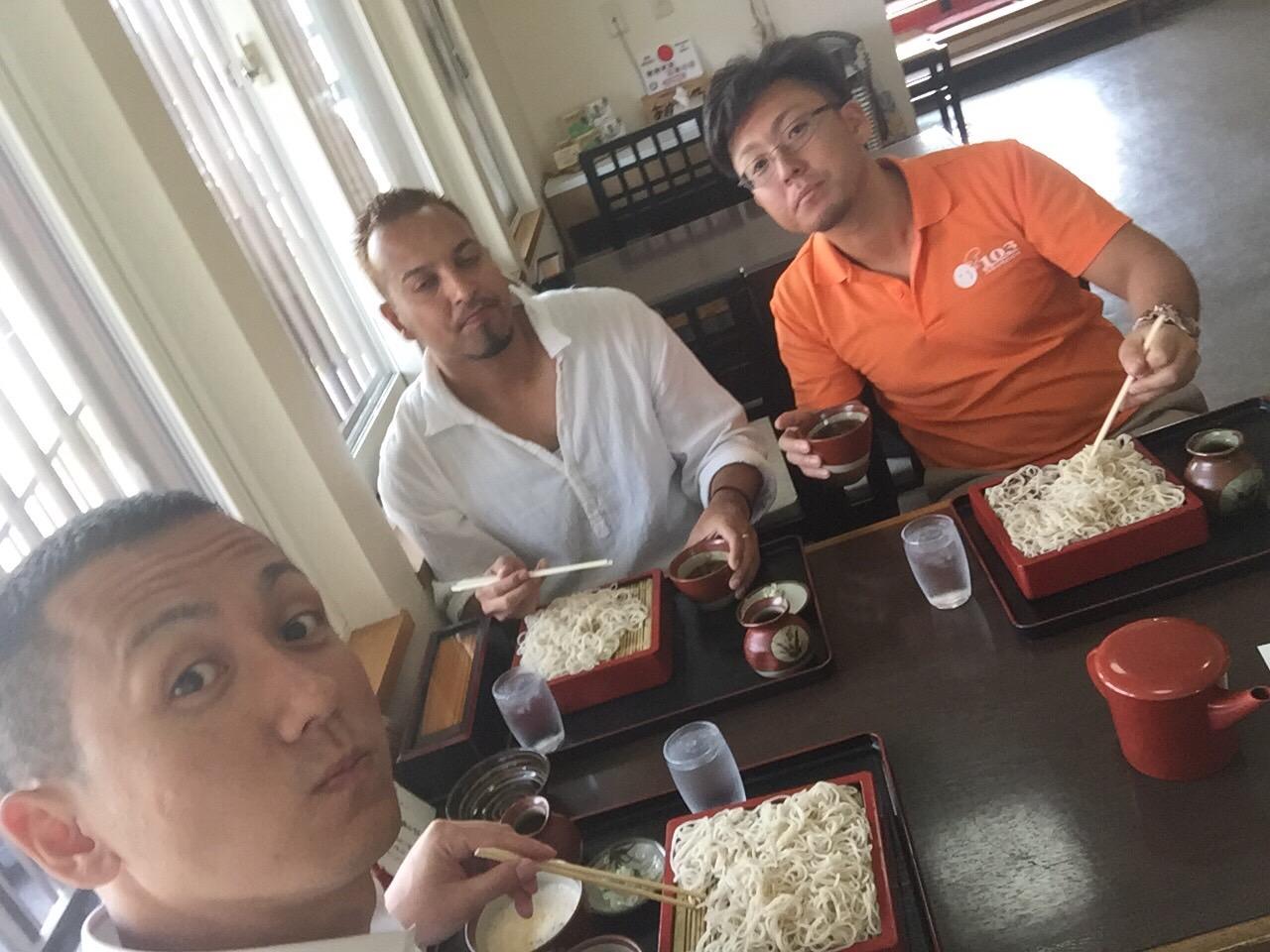 7月 7日 (木) ken ブログ ランクル ハマー アルファード_b0127002_22103713.jpg