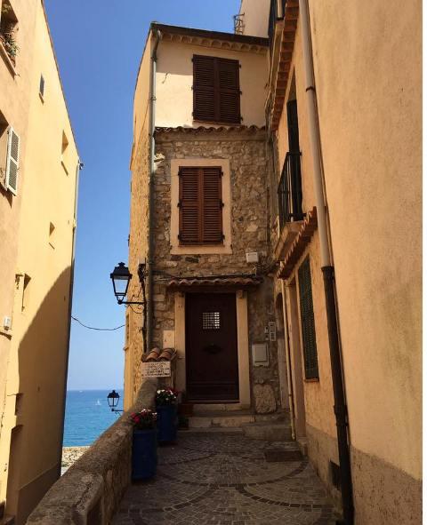 南仏の旅2016~陽光溢れるアンティーブの旧街道巡り_a0138976_15275919.jpg