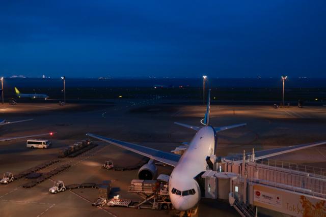 【羽田空港第二ターミナル】夜景_f0348831_21531950.jpg