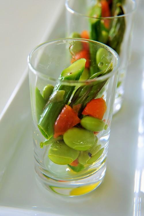 グリーンアスパラガスと枝豆、セミドライトマトのマリネ_b0145846_1125513.jpg