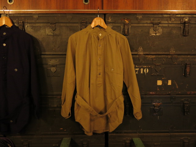 """SOURCE-TAP × TheThreeRobbers MEDICAL SHIRTS JACKET\""ってこんなこと。_c0140560_12204855.jpg"