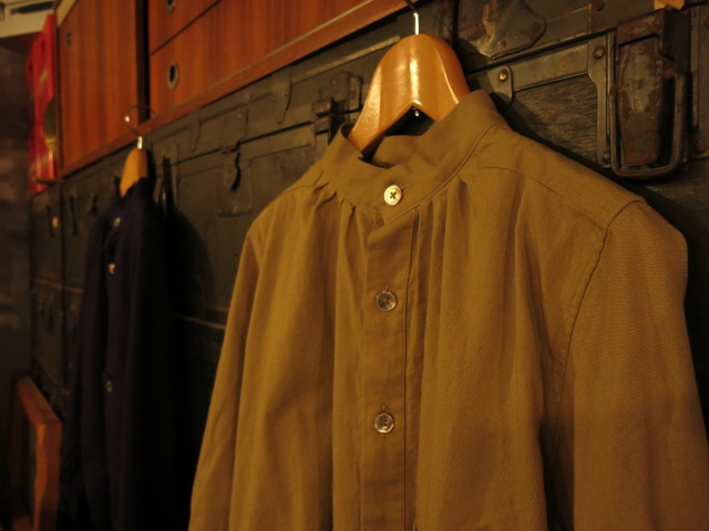 """SOURCE-TAP × TheThreeRobbers MEDICAL SHIRTS JACKET\""ってこんなこと。_c0140560_12211759.jpg"