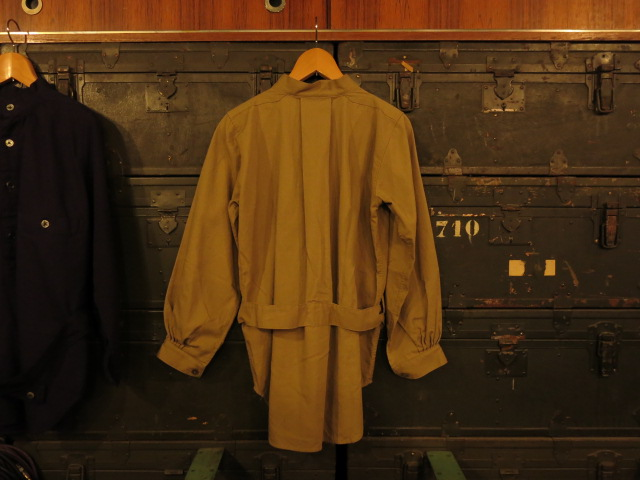 """SOURCE-TAP × TheThreeRobbers MEDICAL SHIRTS JACKET\""ってこんなこと。_c0140560_1221314.jpg"