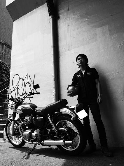 5COLORS「君はなんでそのバイクに乗ってるの?」#106_f0203027_1455563.jpg