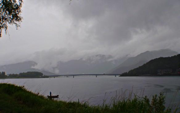 雨の河口湖(2016年7月9日)_c0006592_6584992.jpg