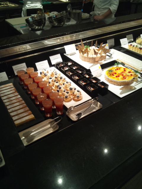 ウェスティンホテル東京 ザ・テラス チーズデザートブッフェ_f0076001_23495020.jpg