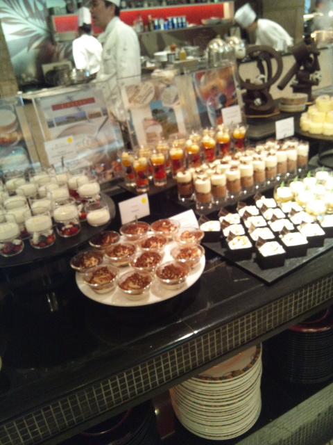 ウェスティンホテル東京 ザ・テラス チーズデザートブッフェ_f0076001_23512538.jpg