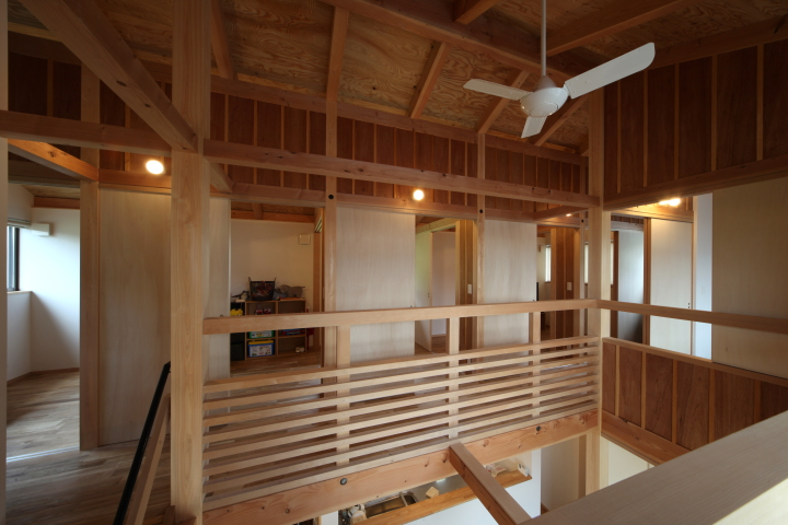 「伊佐美の家」竣工写真_b0179213_19114377.jpg