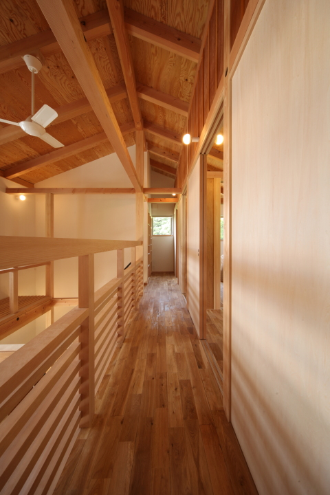 「伊佐美の家」竣工写真_b0179213_19121977.jpg