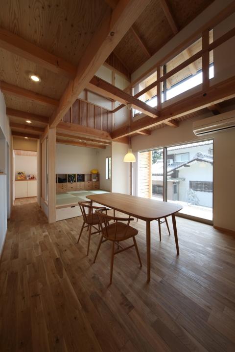 「伊佐美の家」竣工写真_b0179213_19132926.jpg