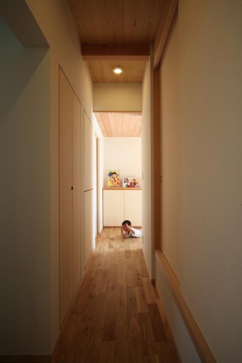 「伊佐美の家」竣工写真_b0179213_19134072.jpg