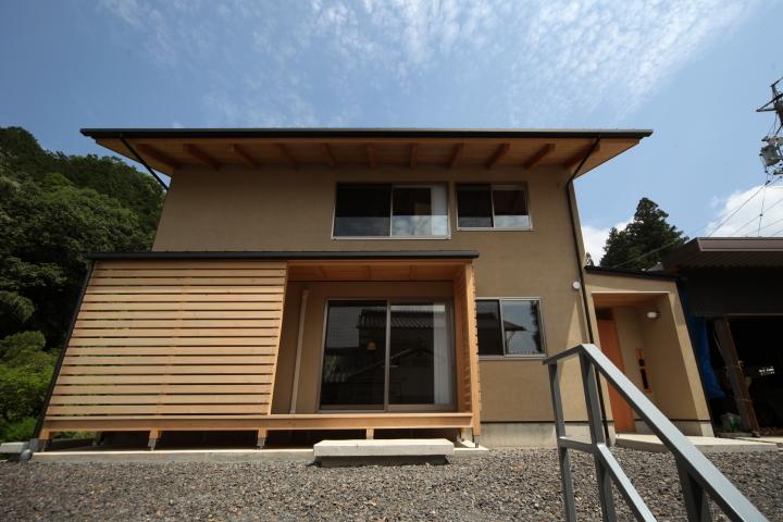 「伊佐美の家」竣工写真_b0179213_19135826.jpg
