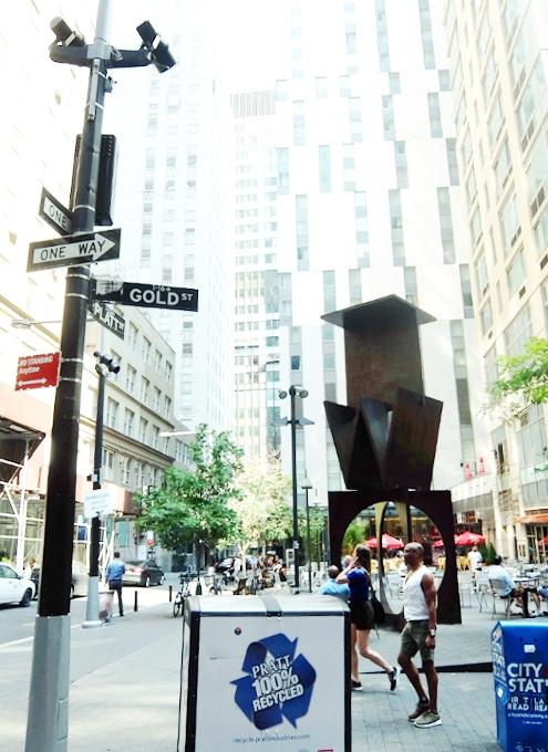 ロウアーマンハッタンでパブリック・アート巡りお散歩_b0007805_5554118.jpg