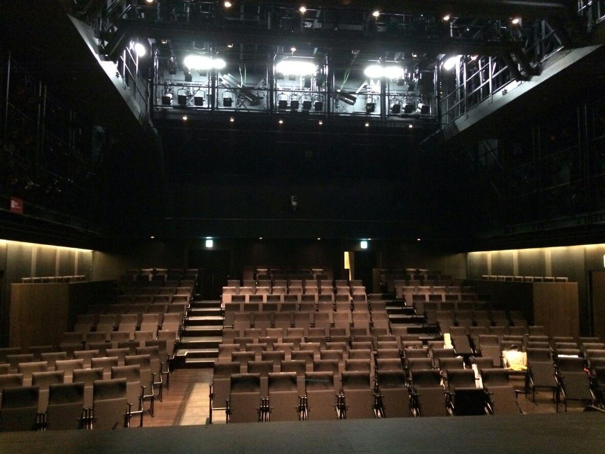 劇場入りしました!!_a0125023_2281098.jpg