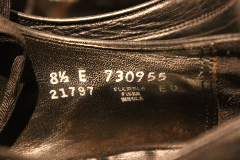 "USED ""VINTAGE LEATHER SHOES\"" ご紹介_f0191324_9213371.jpg"