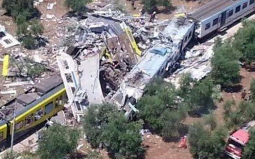 州中北部の列車事故_b0305039_23265016.jpg