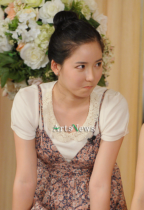 韓国版アンジェラベイビー?モデルのバン・ソジン、全身整形?口角挙上 目尻切開 中国人から暴行?_f0158064_17541527.jpg