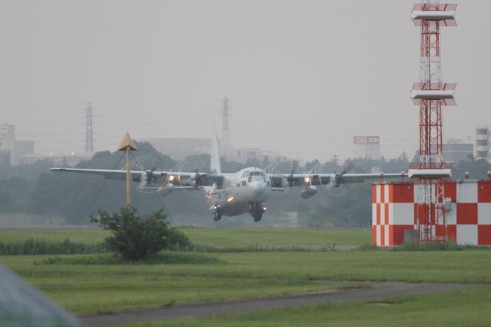 今日の厚木基地 C-130 定点観測_c0247982_19233616.jpg