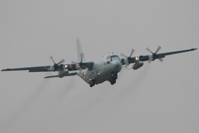 今日の厚木基地 C-130 定点観測_c0247982_19252499.jpg