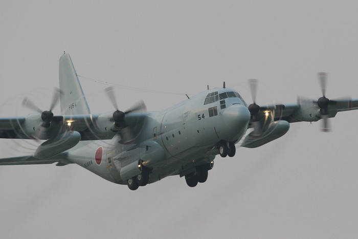 今日の厚木基地 C-130 定点観測_c0247982_19255924.jpg