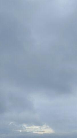 雲間から……_f0126121_1010494.jpg