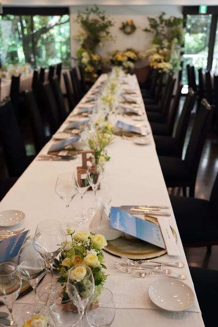 夏の装花 日比谷パレス様へ メイン高砂ソファの装花、レモンイエローで_a0042928_12581411.jpg