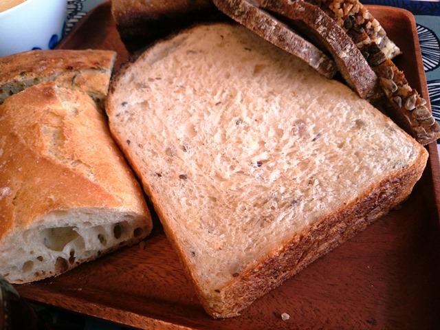 食パンも奥が深いです_e0167593_1503544.jpg