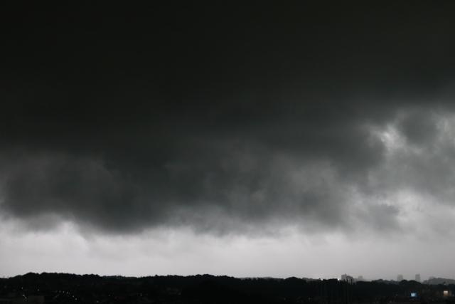 真っ暗な空。_f0348831_07523234.jpg
