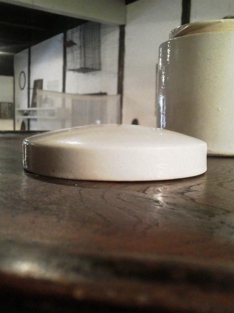 白磁の蓋もの_e0350308_755123.jpg