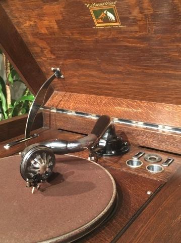 サウンド展の新着蓄音器:HMV193_a0047010_20012919.jpg