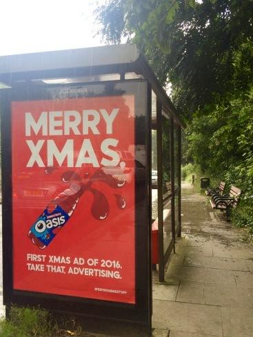 早くもクリスマスの広告登場!_e0114020_08151084.jpg